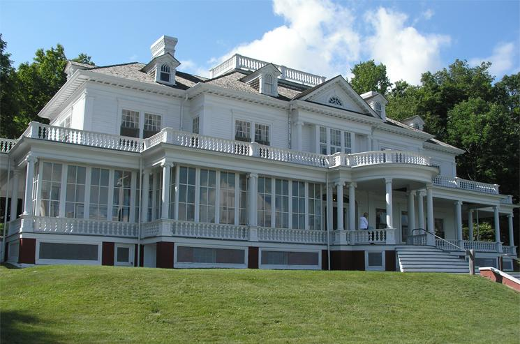 Flat Top Manor, Moses Cone Estate, Blue Ridge Parkway, mile marker 294, showcasing artists of Southern Highlands Handicraft Guild
