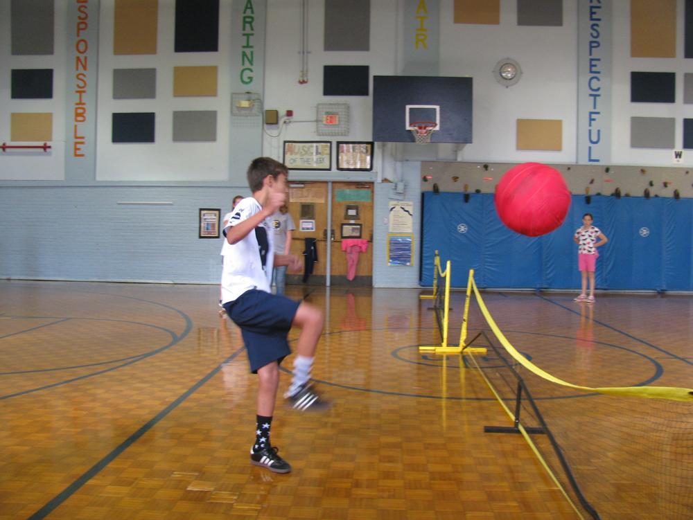 Volley Kick Ball 2016