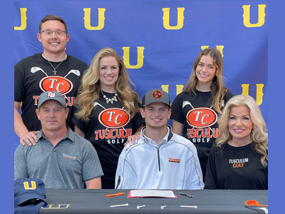 Daxx Carr Signs With Tusculum University